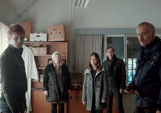 Joren Seldeslachts (Charlie Vinken), Joke Emmers (Inès Anthoni), Charlotte Timmers (Sofia Otten), Kris Cuppens (Luc Hoeven), Johan Van Assche (Alexander Vinken)